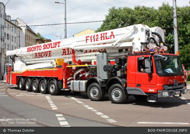 Freiwillige Feuerwehr Kosching Koschinger Feuerwehr Erhalt Hochstes Hubrettungsfahrzeug In Bayern In 2020 Feuerwehr Feuerwehr Fahrzeuge Feuerwehrauto