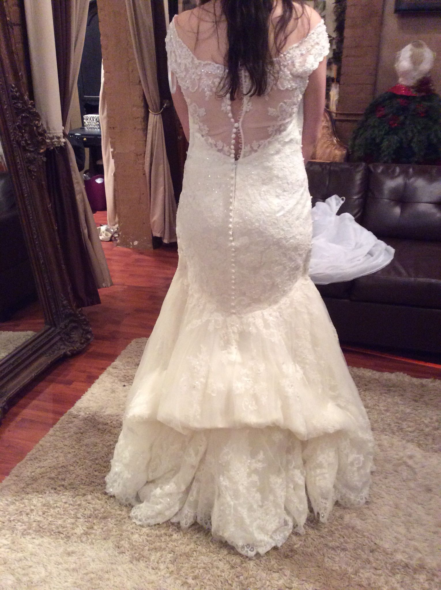 french bustle on lace mermaid Wedding gown bustle