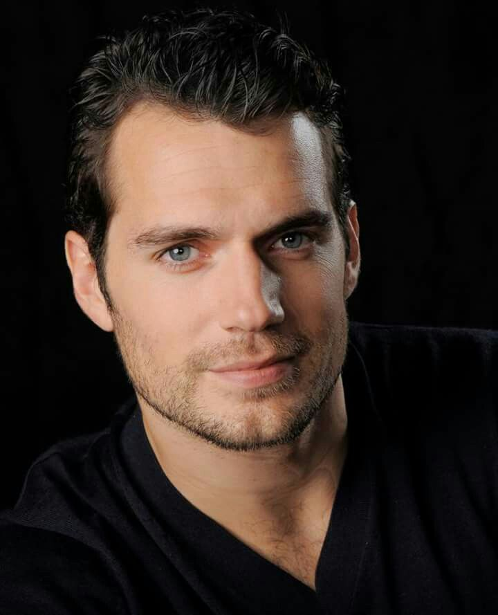 *swoon* Henry Cavill #superman #napoleansolo