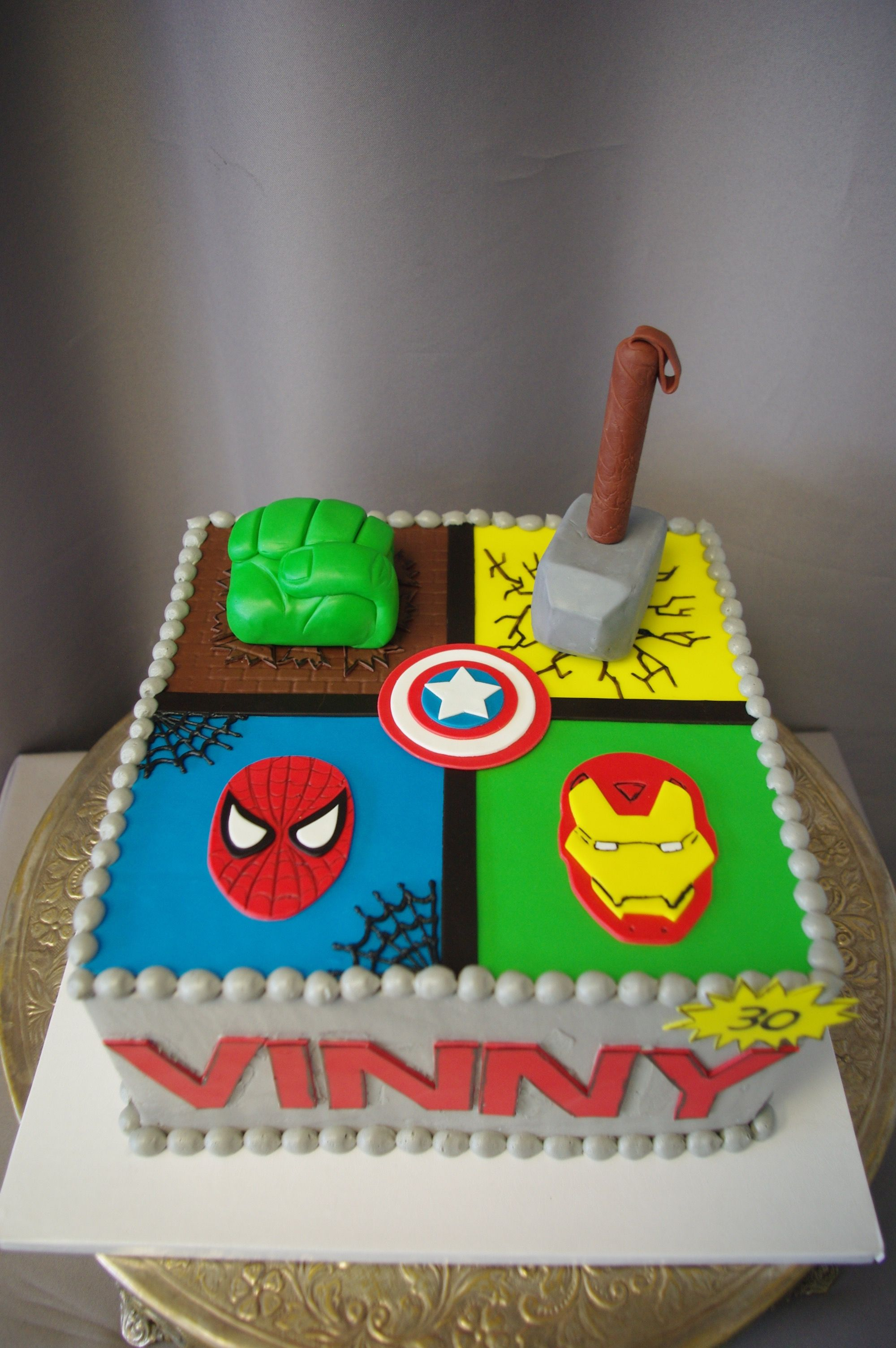 568 Marvel Hero Square Cake