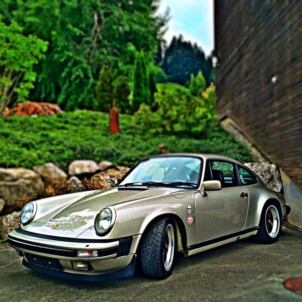 Air Cooled Porsche 911 and 912