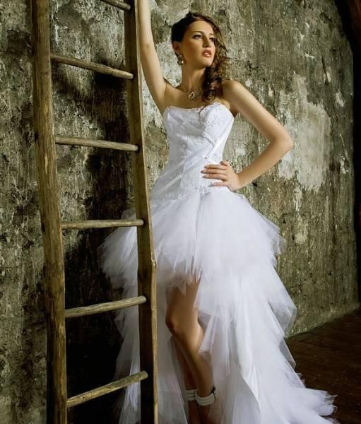 Romantic Wedding Dress   ricardo.gr