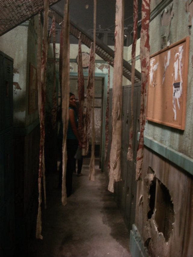 Silent hill tattered gauze sheets old busted wall for Diy haunted house walls