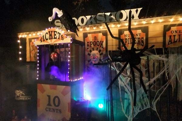 Amazing Halloween Yard Display from Concept to Completion Outdoor - circus halloween decorations