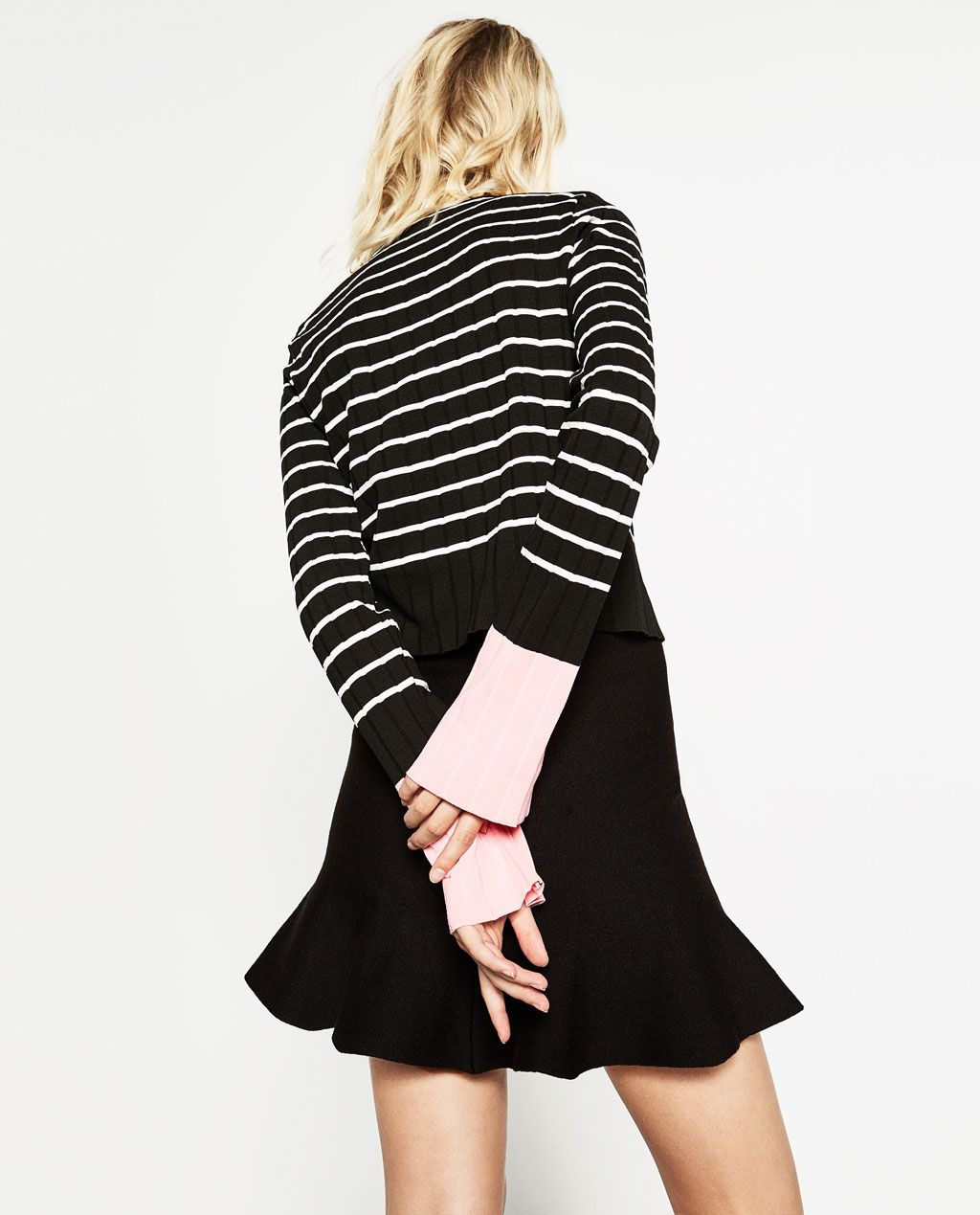 Zara Black Sweater With Fur Cuffs And Pockets: SWEATER WITH CONTRASTING CUFFS-KNITWEAR-WOMAN