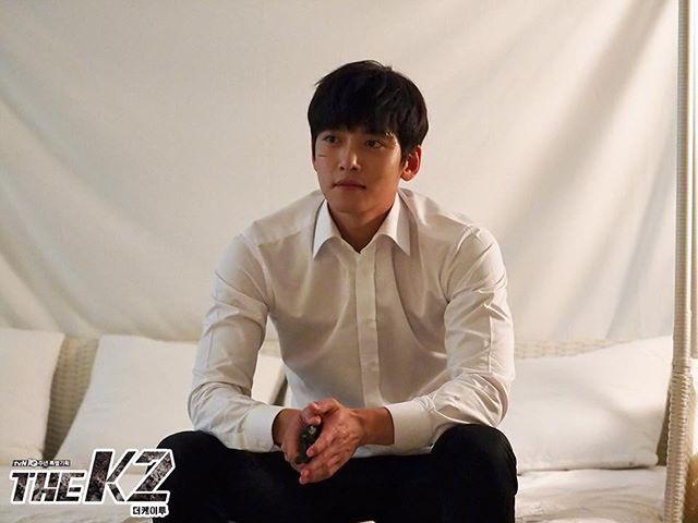 Episode 9, 10 stills #JiChangWook #池昌旭 #지창욱