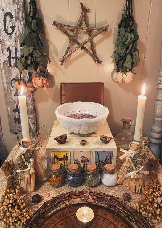 Did A Manifestation Ritual And A Three Card Reading For This Upcoming Moon Cycle And This Ritual And Reading Was So Beauti Witch Room Wiccan Decor Witchy Decor