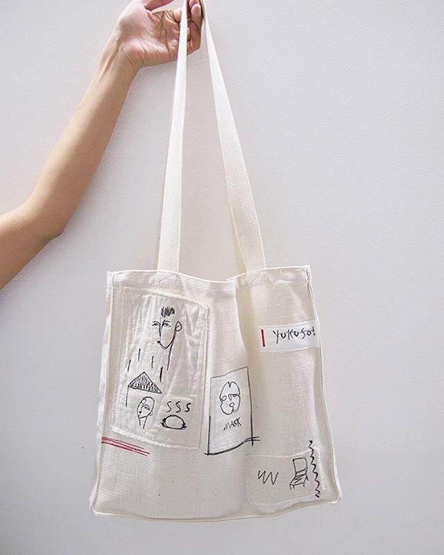 원단 위에 직접 드로잉하여 가방까지 모두 수작업으로 제작되는 재유노나카의 천가방이 재입고되었습니다. #onemorebag #원모어백 #천가방