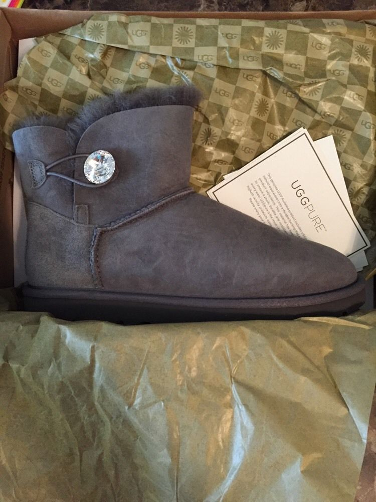 66c45fc3fa2 UGG Mini Bailey Button Bling Gray Boots Womens US 9 New 1003889 ...