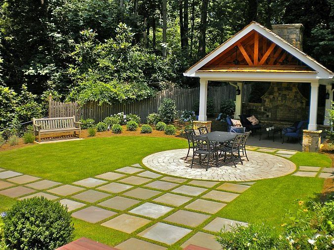 Check out this inviting outdoor living space! It includes a custom dec… :: Hometalk - Nice idea!