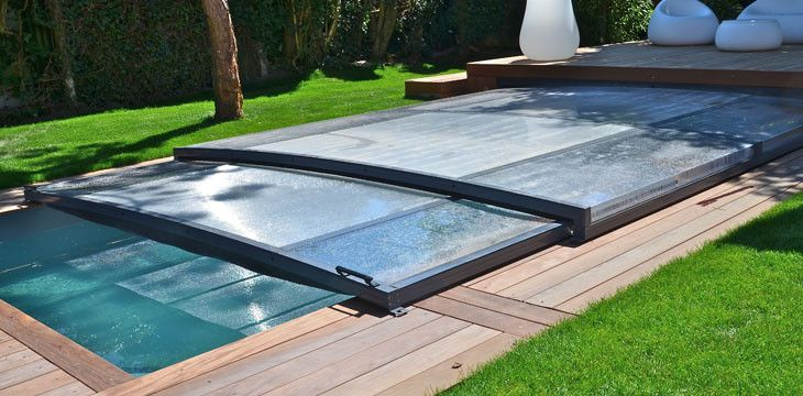 Abri extra plat abris piscines pinterest refuges for Abris piscine plat