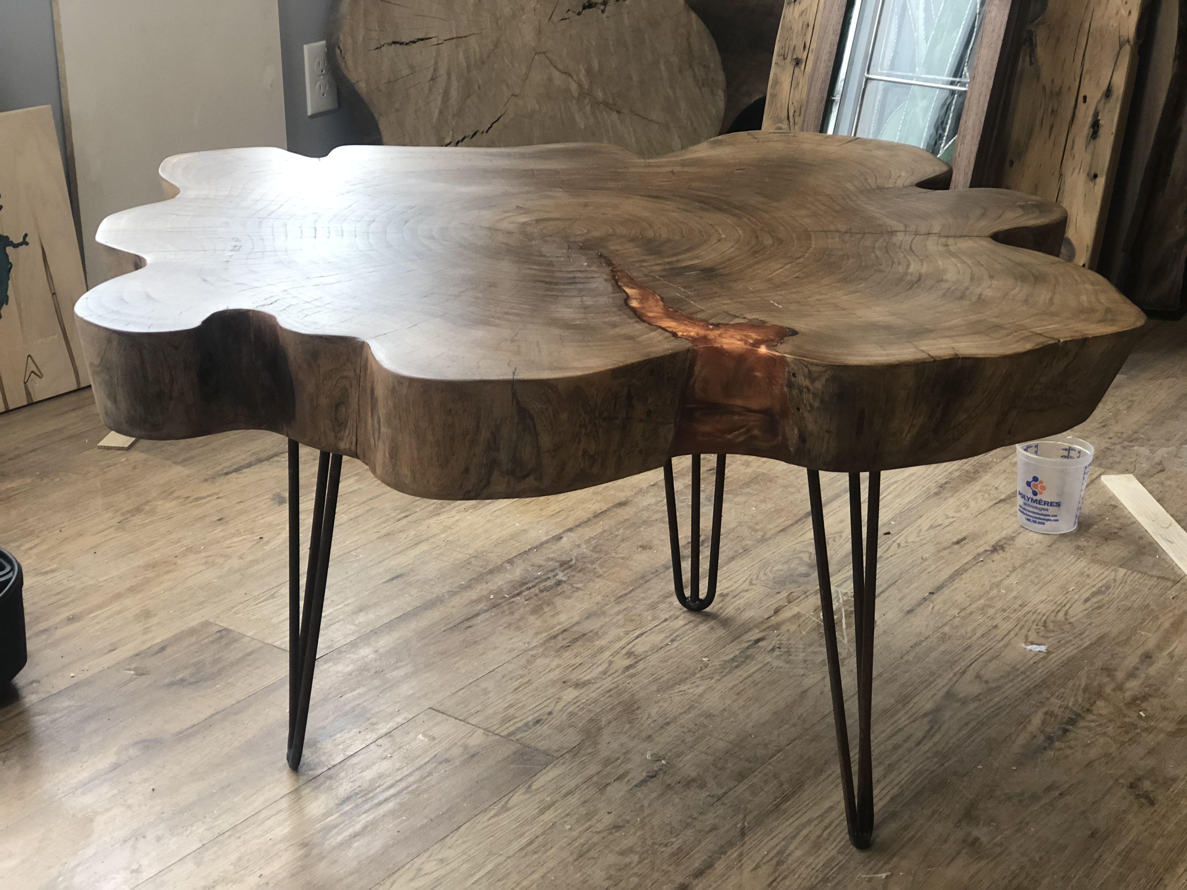 Leer en línea This Hemlock Cookie Coffee Table Is A One Of A
