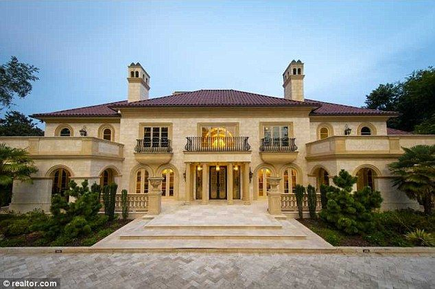 Inside Atlanta S Most Expensive Home With 11 Bathrooms Nine