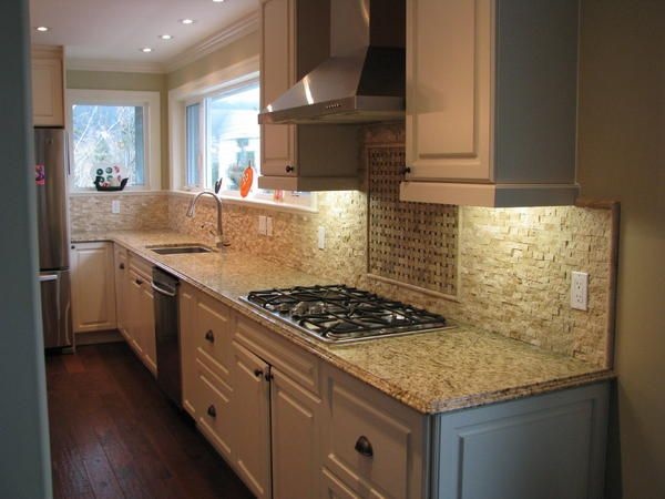 1x2 split face travertine corners ceramic tile advice for Split face travertine kitchen backsplash
