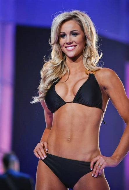 Pin By Peter H On Samantha Ponder Tony Romo Wife Tony Romo Wife And Girlfriend