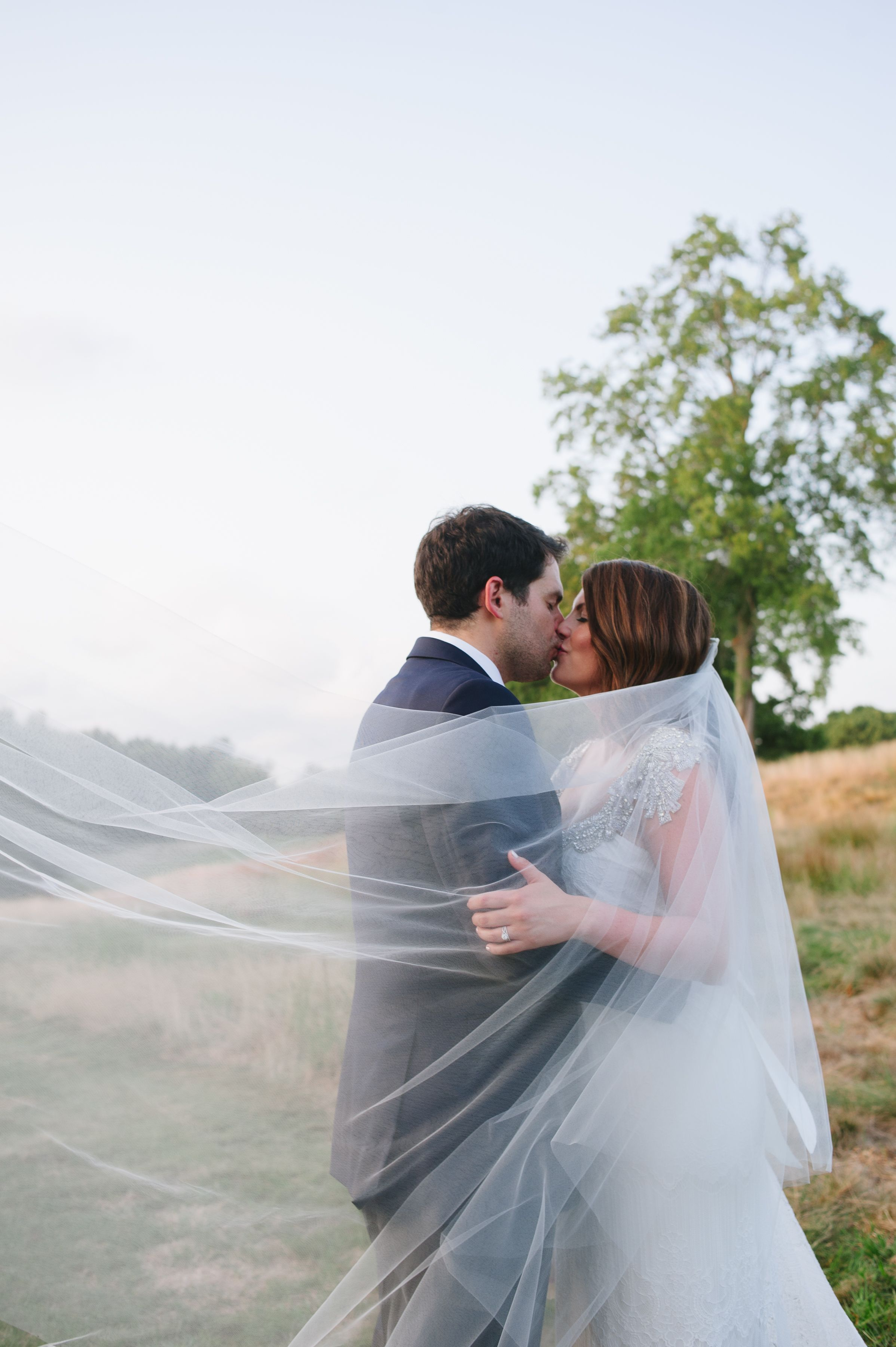 Outdoor Wedding Bride And Groom Long Bridal Veil Cathedral Length Veil Veil Veil Wedding Pictures Wedding Photography Bride Wedding Photography Styles