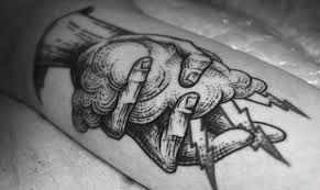 hand holding flowers tattoo - Pesquisa Google