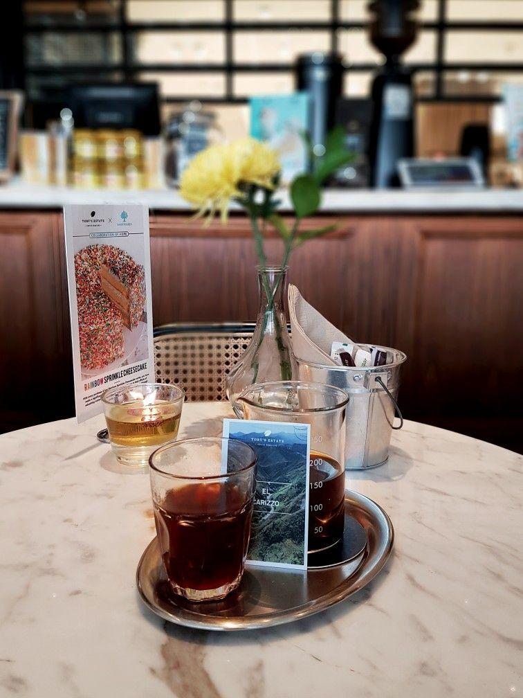 """""""El Carizzo Manual Brew"""", Toby's Estate, Jakarta (Dengan"""