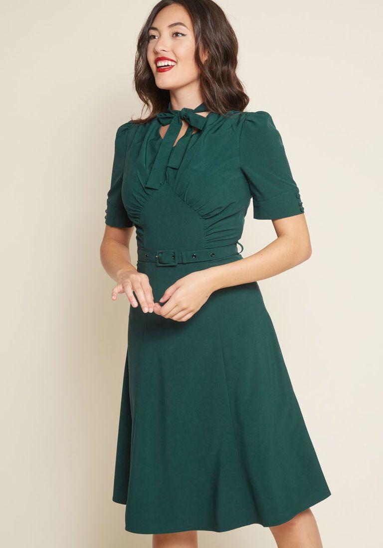Green 1940s Dresses 40s Dress Swing Dress Age Of Intrigue A Line Dress At Vintagedancer A Line Dress Dresses Green Dress [ 1097 x 768 Pixel ]