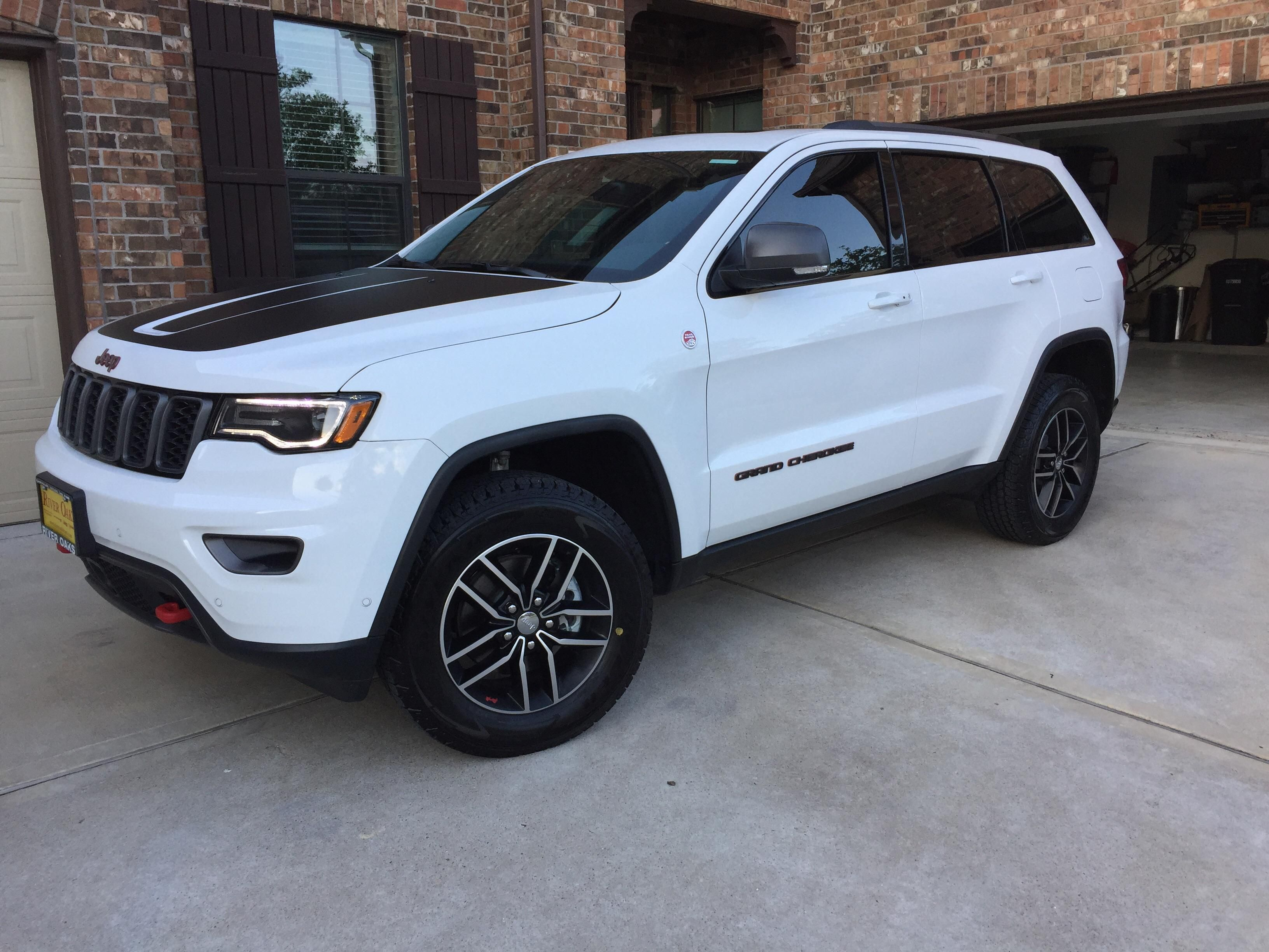 Sold My Panda 10a Rubicon Last Year But Back To The Jeep Family With A Panda Grand Cherokee Trailhawk For The W Jeep Cherokee Jeep Trailhawk Cherokee Trailhawk