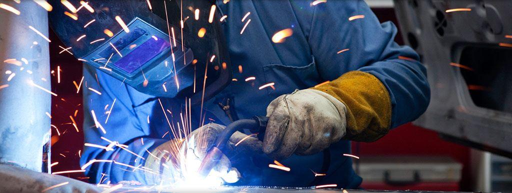 Welders And Welding Technician Career Job Requirements Path Outlook Iresearchnet Mig Welding Machine Welding Machine Mig Welding