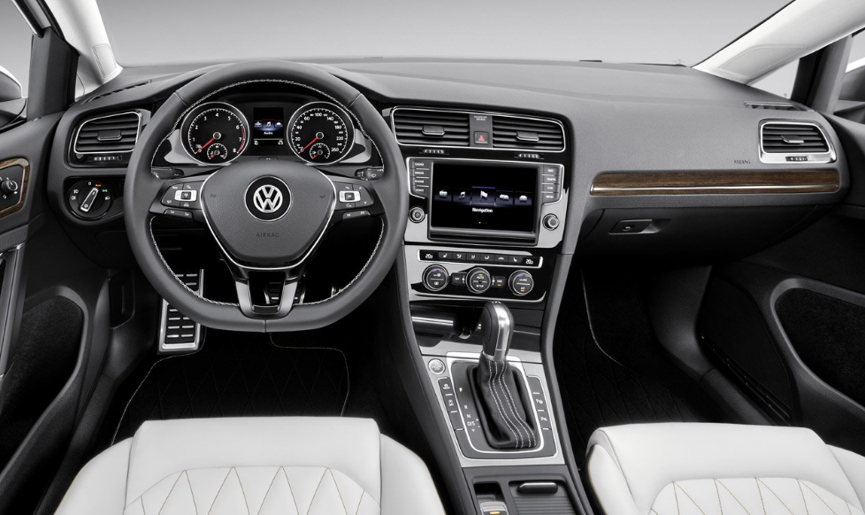 Great 2018 Volkswagen Jetta Interior