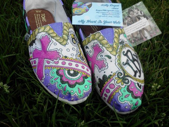 Colorful Toms by MyHeartToYourSole on Etsy