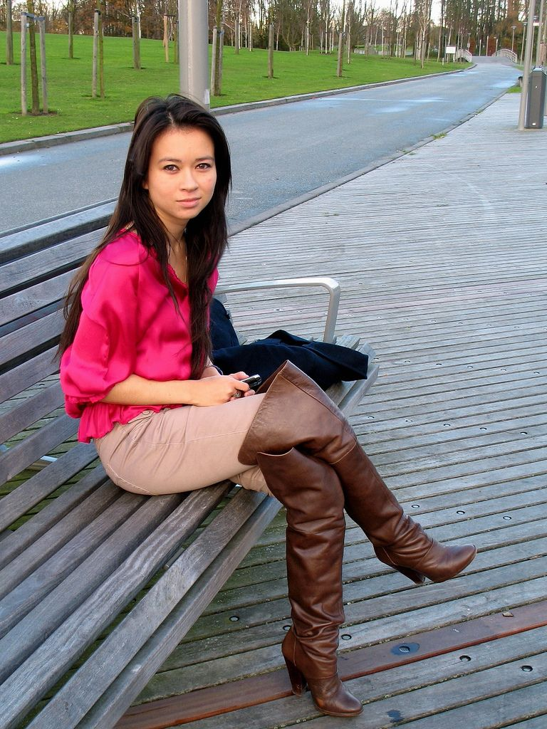 Img 4816 Woman Wearing Leather Boots Boots Gloves Thigh Highs Only