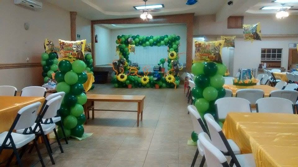 Plantas vs zombies diselo con globos zombie birthday for Decoracion con globos plantas contra zombies