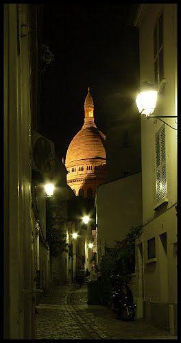 #41 Rue Saint-Rustique, Montmartre, Paris