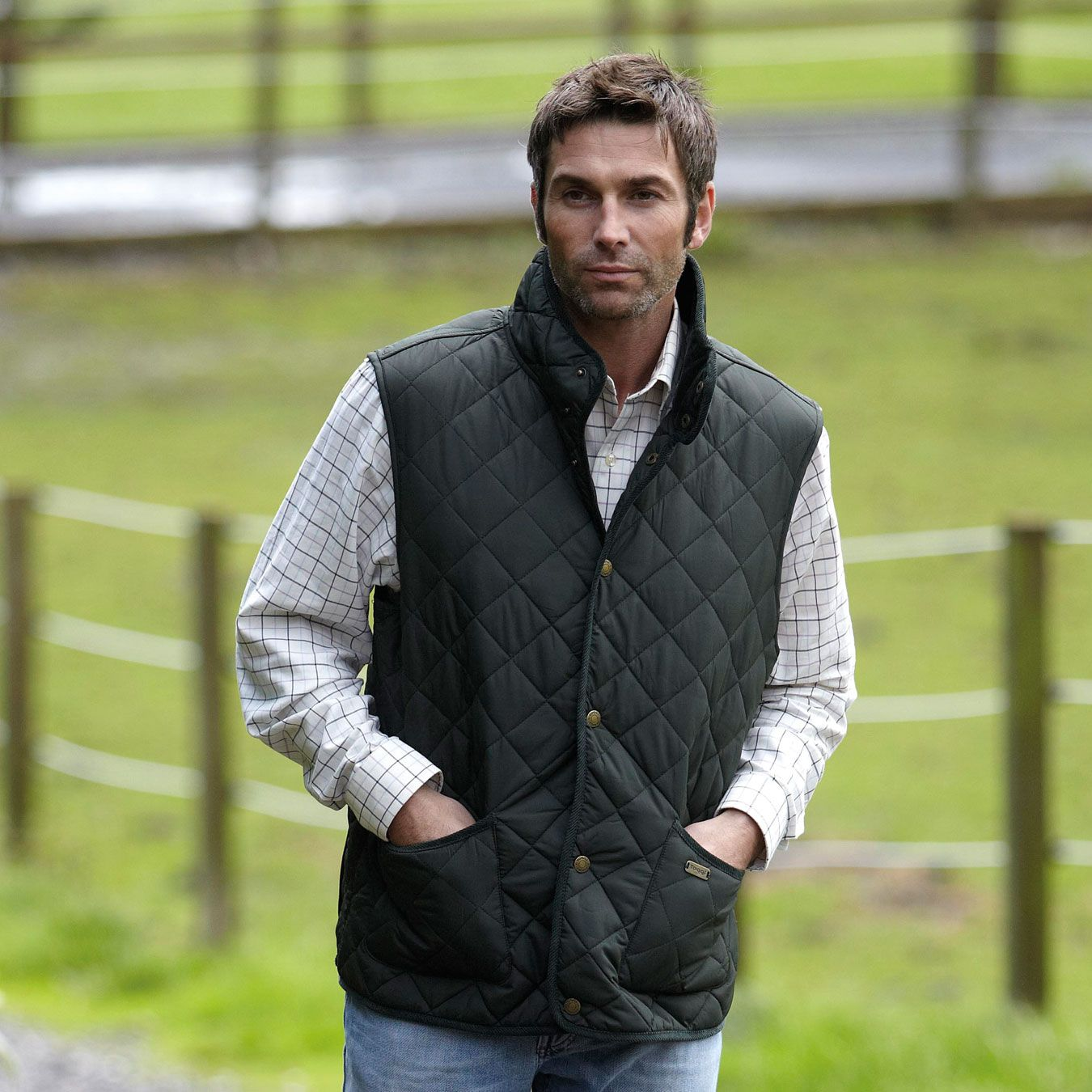 Toggi Tiverton Mens gilet classic quilted waistcoat olive colour