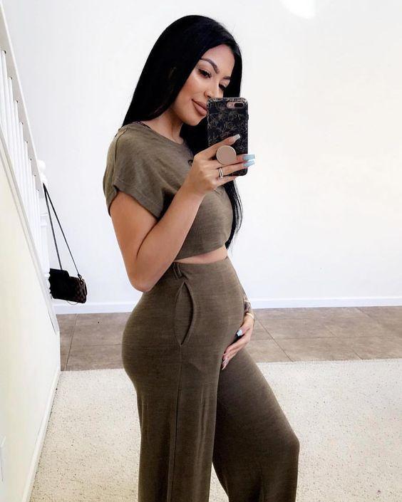 Prendas cómodas que no te harán sentir fachosa estando embarazada