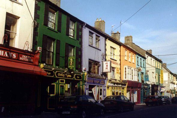 Kilkenny - Mallow, coloured street