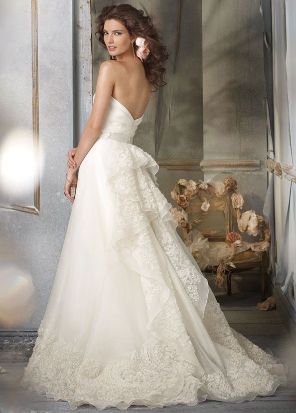 17 Best images about Bridal Gowns | Jim Hjelm on Pinterest | Style ...