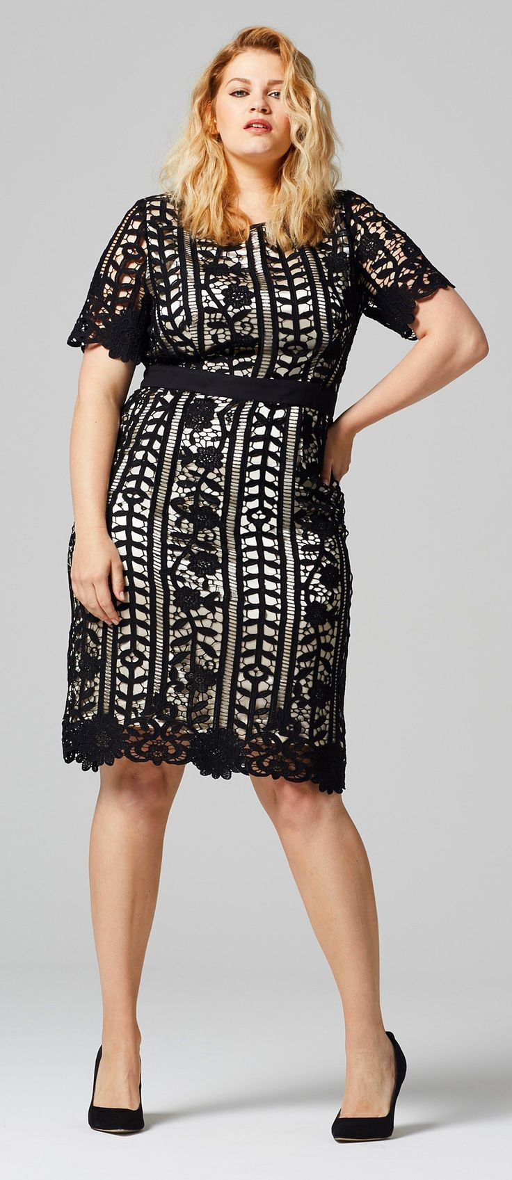 85b4c0192 45 Plus Size Wedding Guest Dresses {with Sleeves} - Plus Size Cocktail  Dresses - alexawebb.com