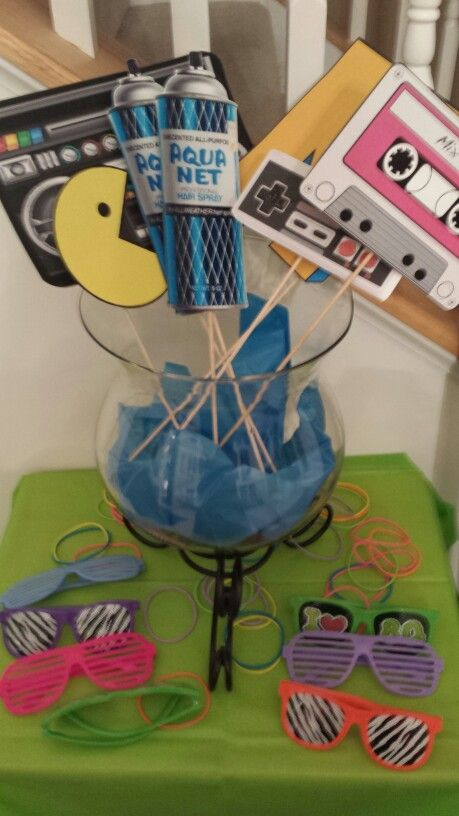 80 Ideas For Contemporary Living Room Designs: 80s Themed Party Props