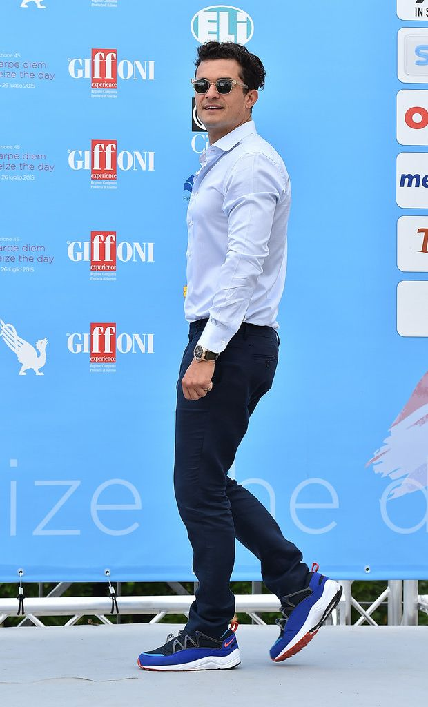 reputable site 75f90 9ce0c Orlando Bloom wearing Nike Air Huarache Light- Ultramarine