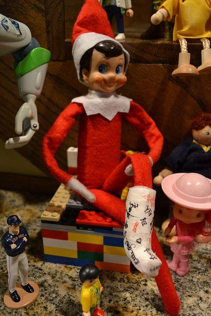 elf on shelf with cast  c546c94e0