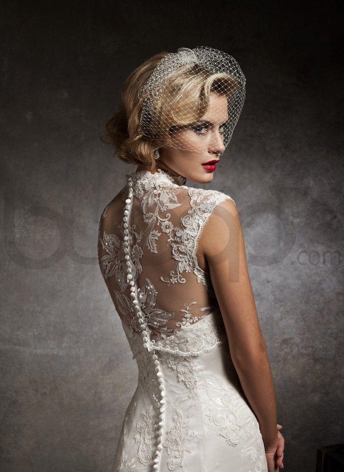 Lace Tulle Wedding Dress With Birdcage Veil Wedding Dresses Trendy Wedding Dresses Justin Alexander Wedding Dress