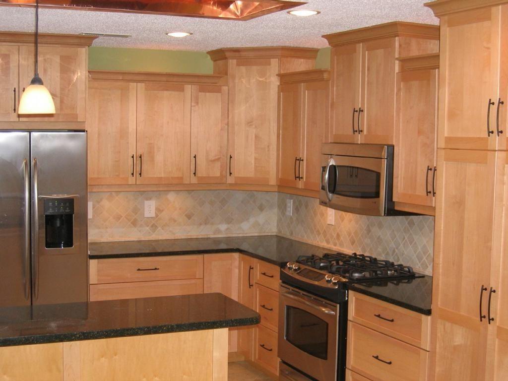 Best Granite for Maple Cabinets | Best Design Granite ... on Countertop Colors For Maple Cabinets  id=33265