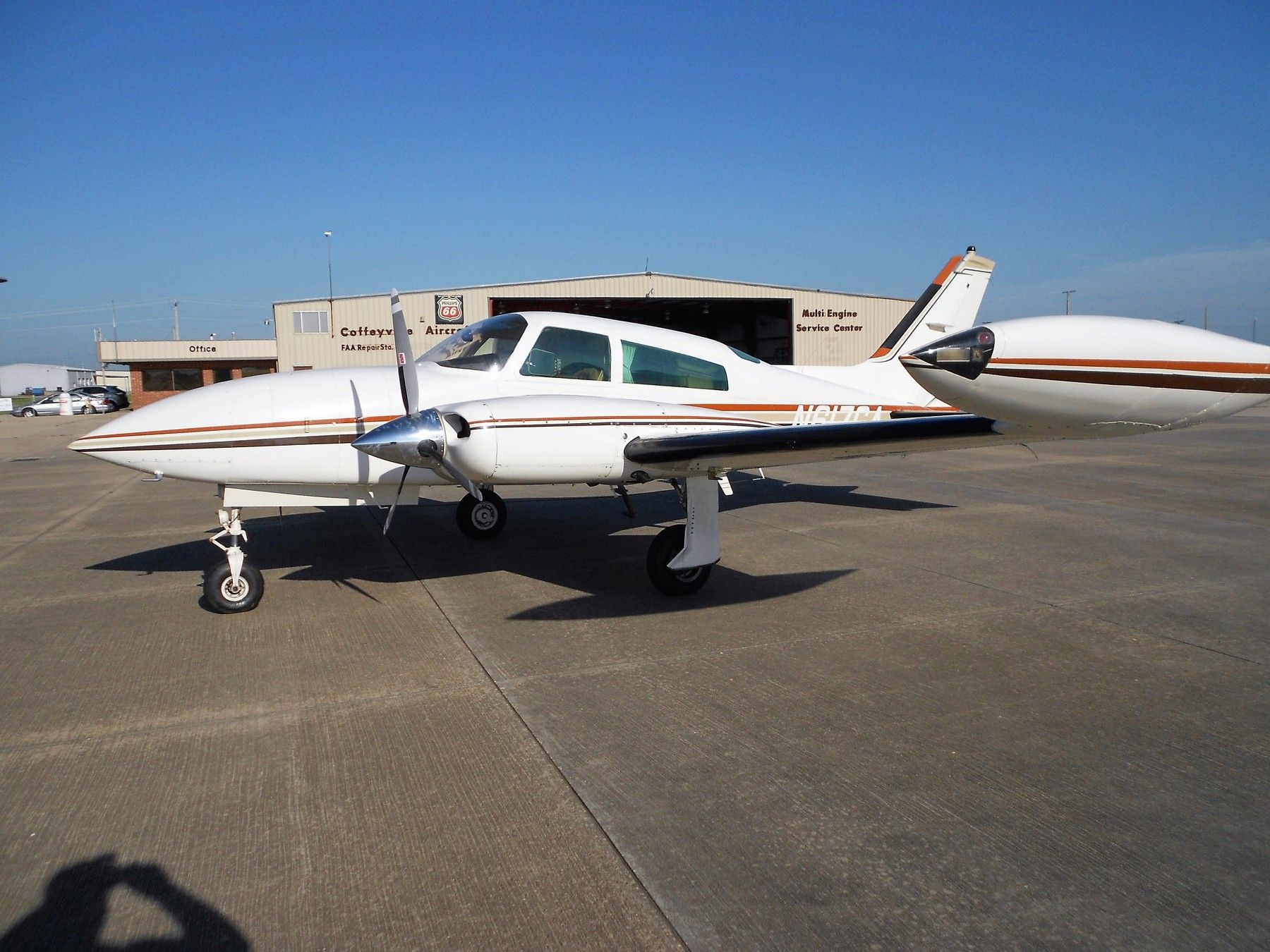 1978 Cessna 310R for sale in (CFV) COFFEYVILLE, KS USA => www.AirplaneMart.com/aircraft-for-sale/Multi-Engine-Piston/1978-Cessna-310R/14416/