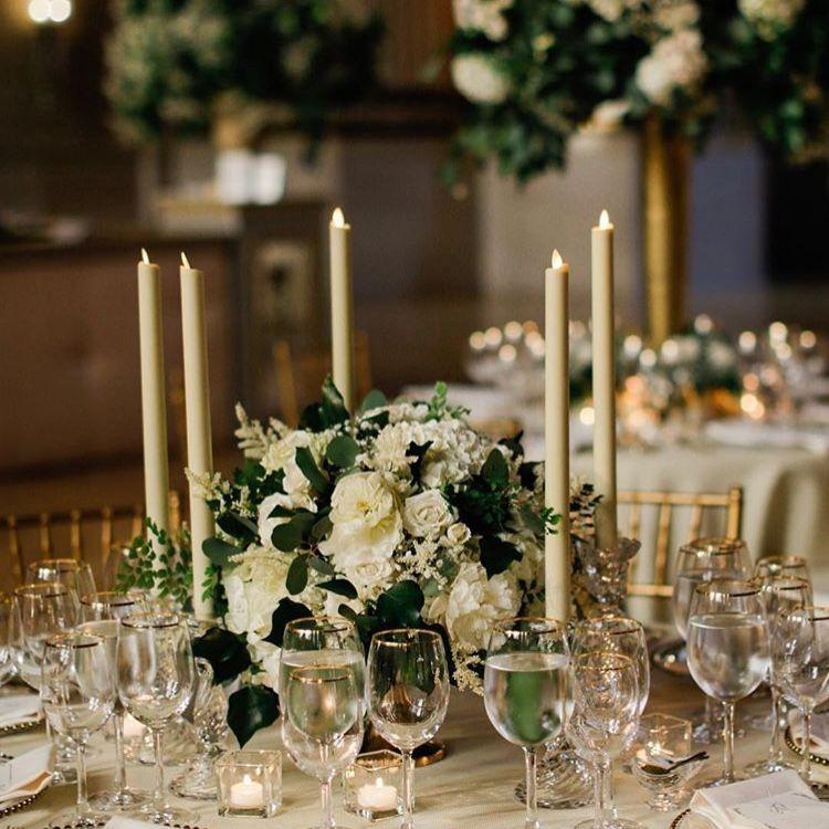 Round Table Floral + Centerpiece? Short Neutral Flowers