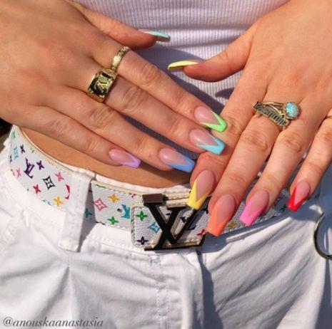 Photo of 45 Idee e tutorial per nail art che spazzeranno i piedi