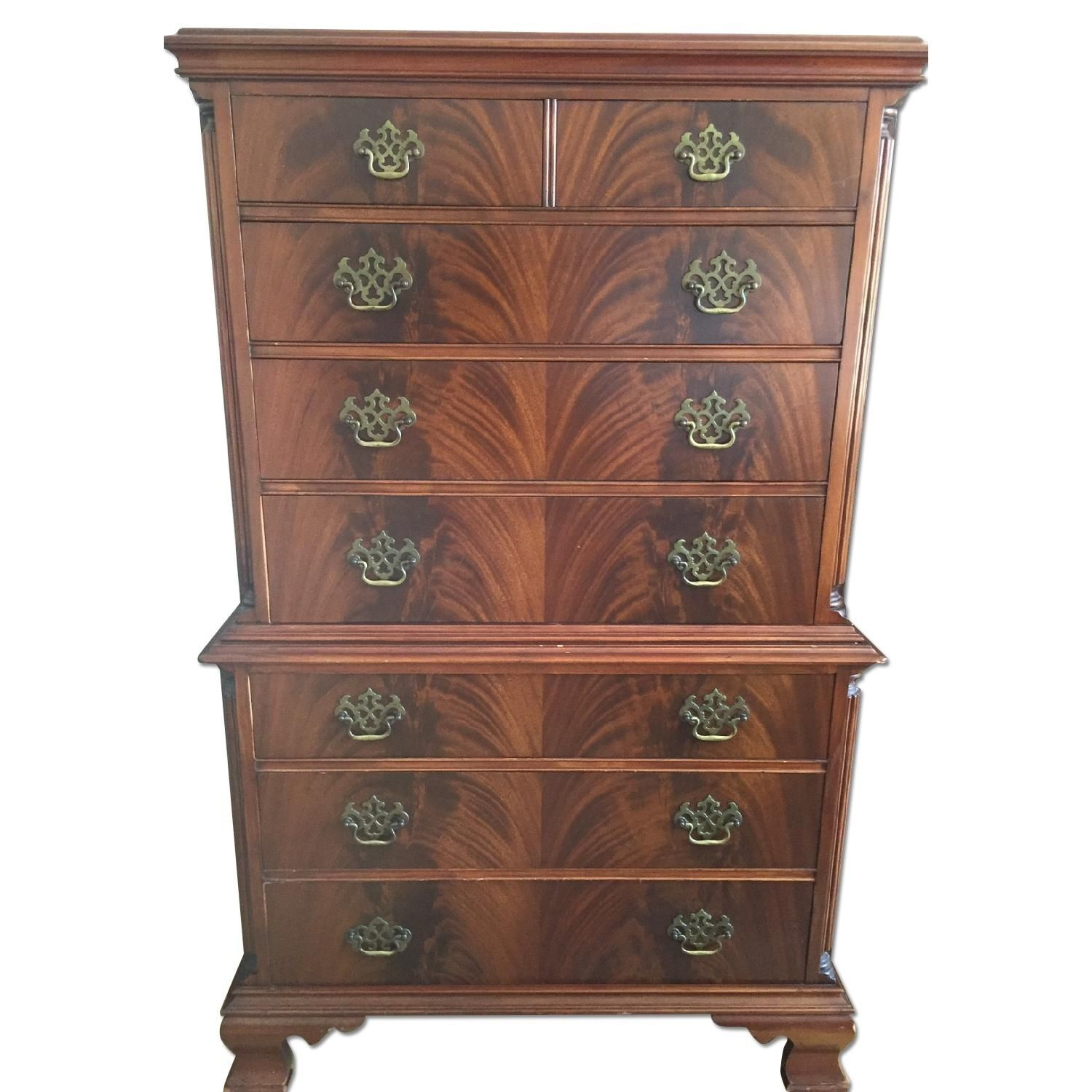 This Is A American Furniture Company Antique 8 Drawer Dresser In