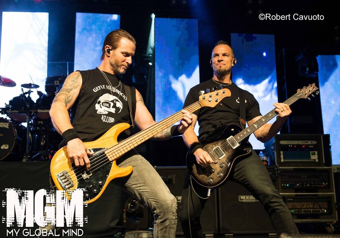 Alter Bridge Bring Their Victorious Walk The Sky Tour To New York City 9 24 19 With Images Alter Bridge Alters Hard Rock