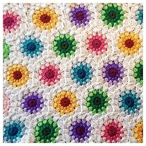 Ravelry: Project Gallery for Crochet starburst hexagon pattern by ...