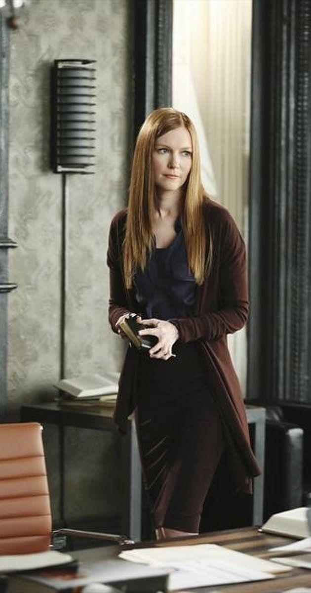 Pictures & Photos of Darby Stanchfield - IMDb