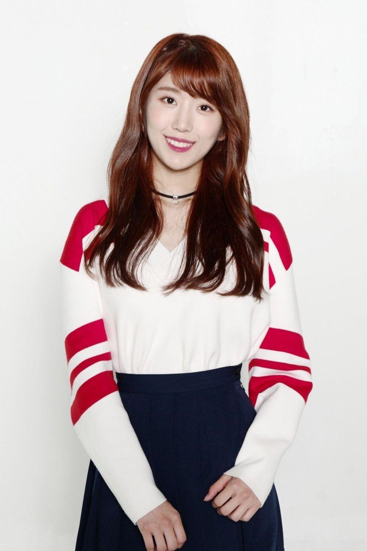Choi Euijeong Boni 30101999 45kg 164cm Lead Vocal Dance Scorpio Special Piano Gitar Kpop Girls Kpop Girl Groups Korean Girl Groups