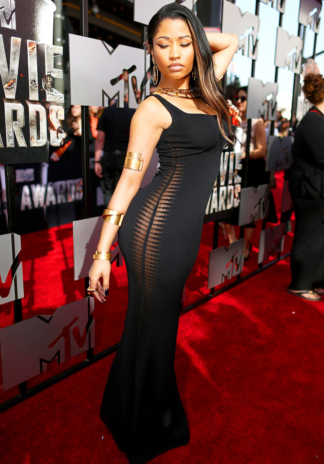 Surprise! Nicki Minaj Goes Without Underwear at MTV Movie Awards ...