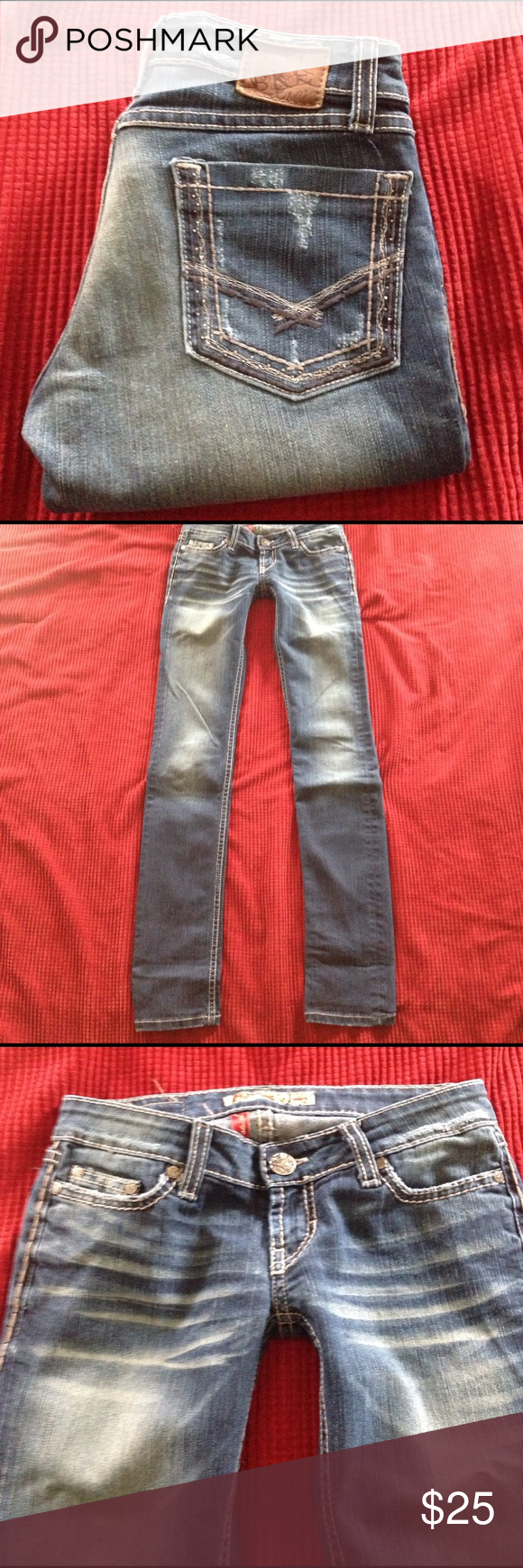 BKE Buckle Stella Skinny Jeans 👖 Good preowned condition BKE Buckle Stella Stretch Skinny jeans. Size 25 x 33 1/2. 👖Material: 76% cotton/ 24% polyester/ 1% spandex. These are in great 👍 condition. Shows some peeling on the back by the pockets but is not really noticeable. BKE Jeans Skinny